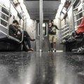 Overweight Haters | El metro de Londres odia a los gordos
