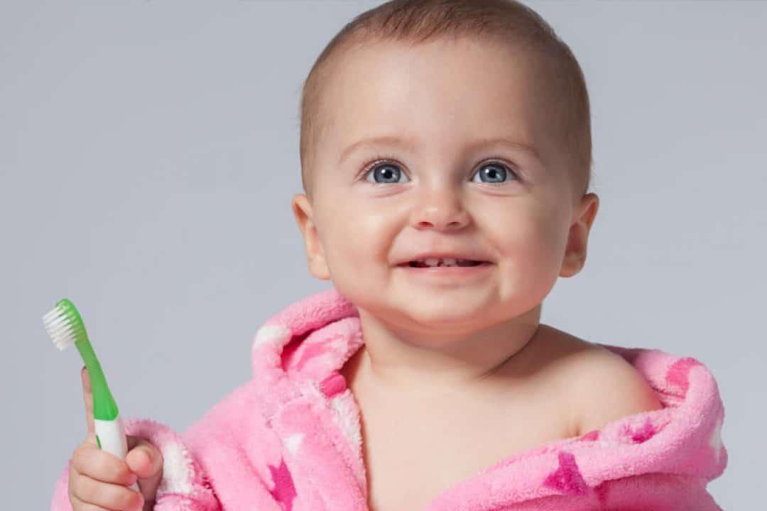Higiene dental en bebés, dolor de rodilla y hábitos de sueño   Tu médico online responde
