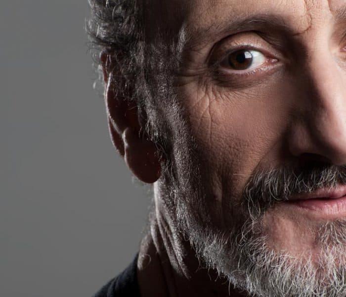 José Luis Gil | De Juan Cuesta a la voz de Buzz Lightyear o Patrick Swayze